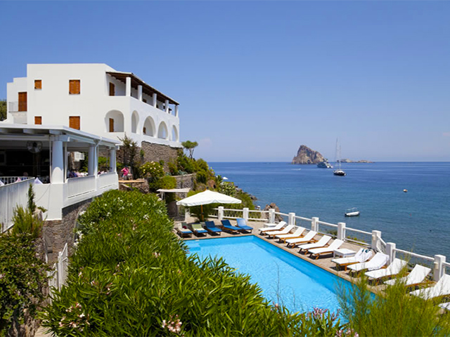 Hotel a panarea, alberghi, residence, camere, bed and breakfast ...